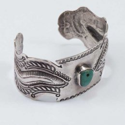 Vintage Navajo Ingot Silver Cuff with Central Setting of Natural Turquoise Tread Bead