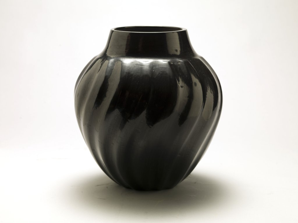 Margaret Tafoya Blackware Melon Jar